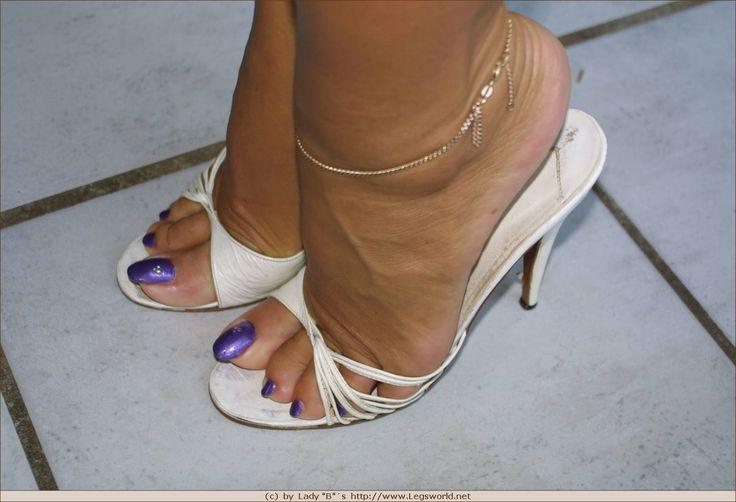Pin de abdul azim azim em Barbara the queen of high heels