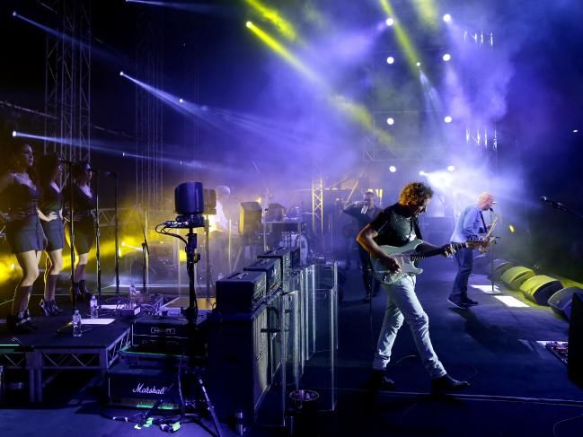 Amazing behind-the-scenes photos of famous rockers Cold Chisel on their One Night Stand tour #ColdChisel  #concert #WorkingClassBand