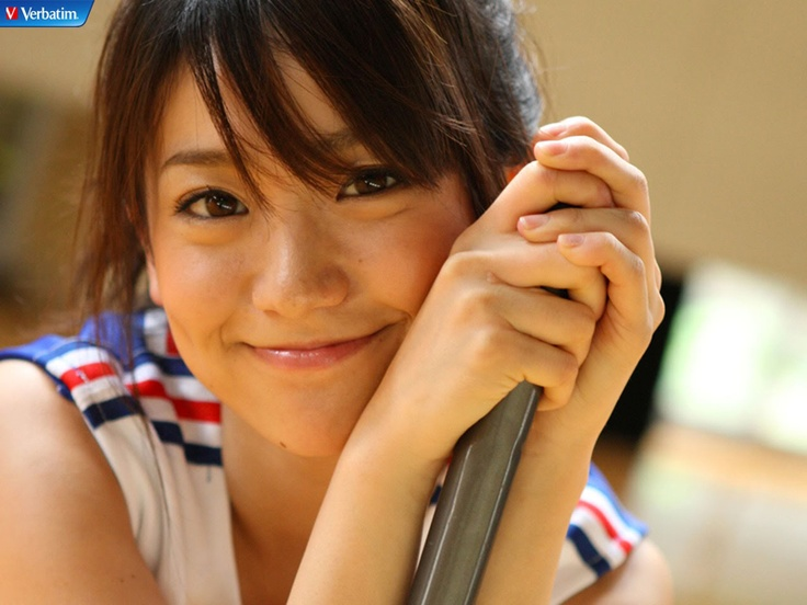 yuko oshima おしゃれまとめの人気アイデア pinterest どんぐりこ 大島優子 顔 アップ