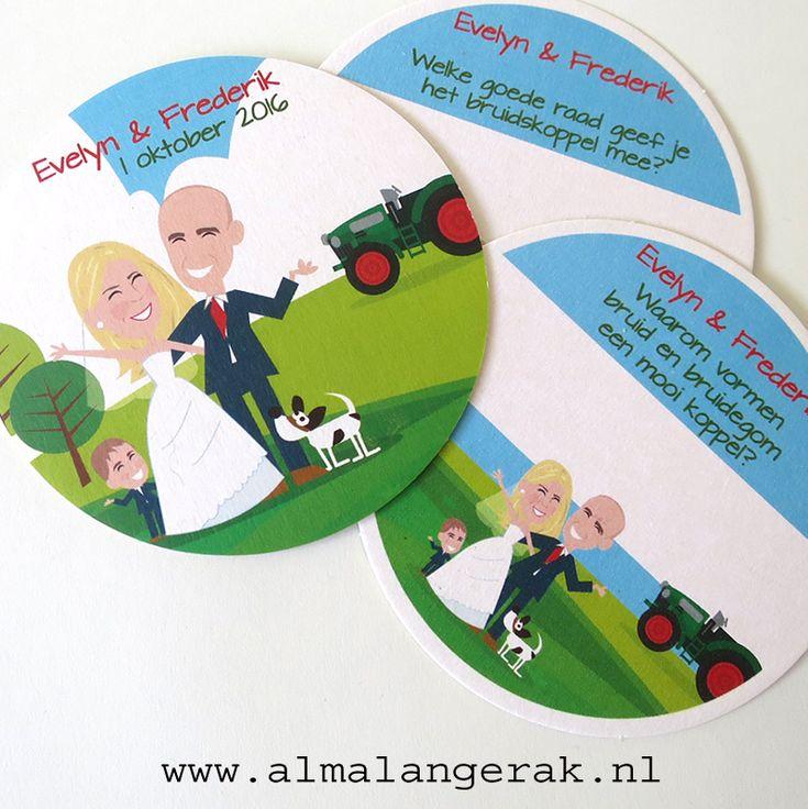 Tip: verspreid diverse bierviltjes op de #trouwlocatie waar de gasten vragen over het bruidspaar kunnen beantwoorden. Op deze #bierviltjes staat het bruidspaar, hun zoontje, een #tractor en hun Jack Russel voor een landelijke achtergrond nagetekend.   Naast deze bierviltjes mocht ik ook de #menukaarten en een opdruk voor op de pralines maken.   #bruiloft #gastenboek #vragenlijst #cartoon #bruidspaar #bruidskoppel #hond #hondje #weiland #bierviltje #bierkaartjes #feestviltje