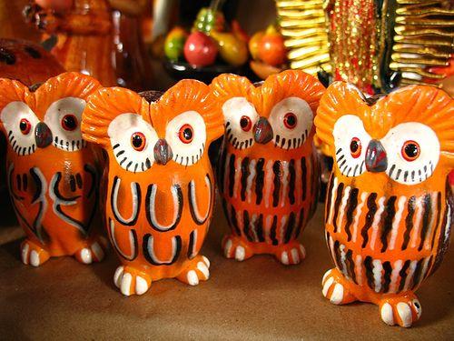 Owl banks from Guatemala #owl #Guatemala #money #bank #ceramic