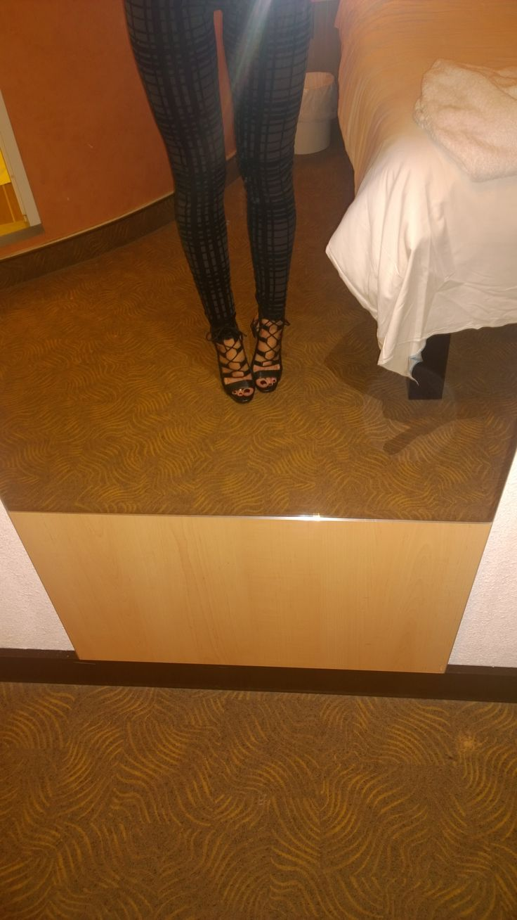 These Topshop leggings / skinny trousers are lovely bought in Sutton cats protection for £3.shoes by Zara bought in sale .wore these on Saturday in Nottingham