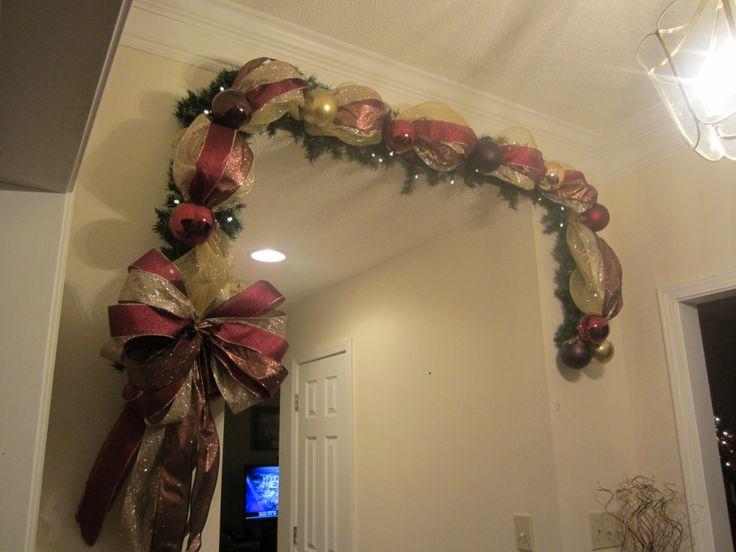 Christmas Lighted Garland Swag, 9ft Mesh Wreath, Elegant Old World, Gold,  Bronze