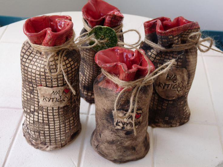 Vázy-měšec