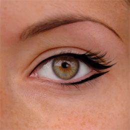 Beautifully simple eyeliner on #flawless skin. Organic Sweet Potato Lotion. Get rid of skin imperfections. www.MySkinsfriend.com