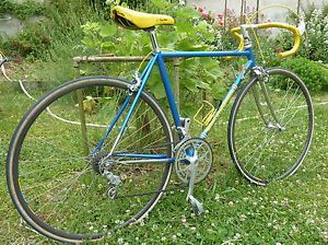 #ForSale #AVendre    VéLO cycles GITANE COURSE CAMPAGNOLO année 80 ...