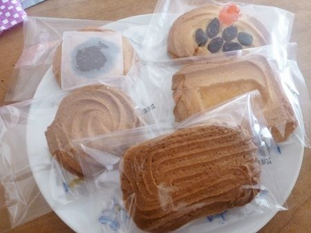 村上開進堂のロシアケーキ