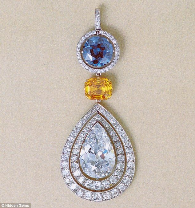 The Jersey pensioner also kept this £2m Belle Epoque pendant at her Jersey bungalow, to the great surprise of the person who went to value her jewels