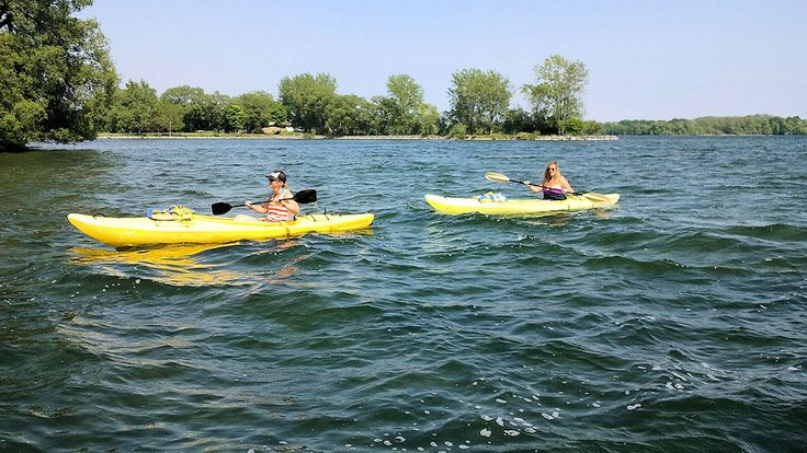 Kayaking on West Lake - Photo thanks to Sunrise Cottage Resort   sunrisecottageresort.com