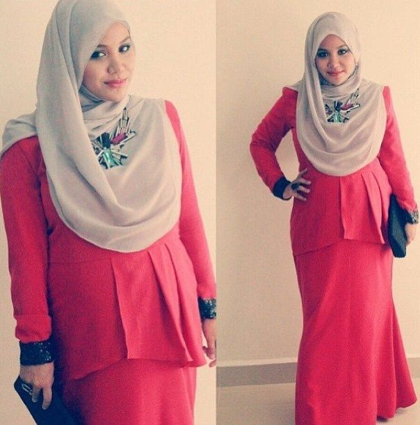 Itulah beberapa model baju hamil muslim yang dapat menambah referensi Anda dalam memilih baju hamil muslim agar tetap dapat tampil dengan modis dan nyaman tentunya.