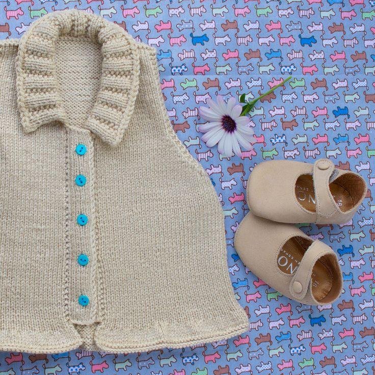 Resultado final: rebeca de lana con botones de colores 3 a 6 months
