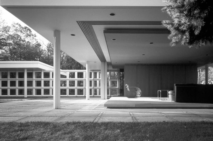 Ludwig Mies van der Rohe | Morris Greenwald Residence | Weston, Connecticut | 1955-1963 Remodeled by Peter Gluck & Partners (Now GLUCK+) 1989