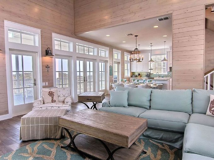 I've been dying to visit Cinnamon Shore, a new planned community (think Seaside, Florida) located on Mustang Island, just off the coast of Corpus Christi in Texas. From the looks of it, it&#8…