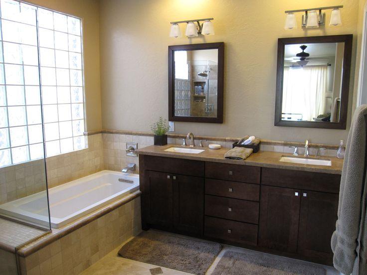 Model Bathroomwhitevanityamongtwosinksalsolargemirrorstraditional