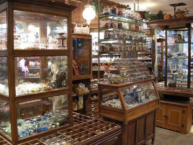 Bead shop in Paris