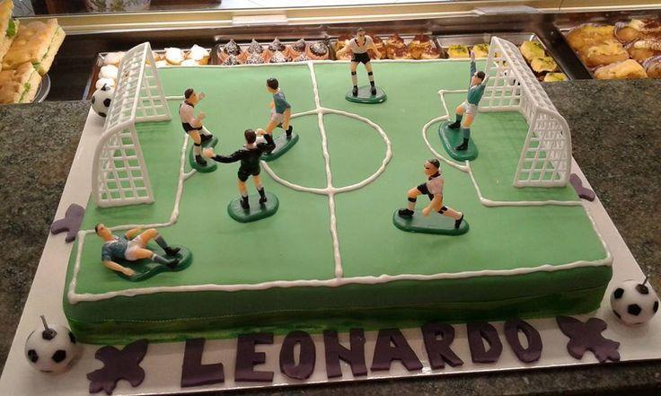 Torta di Compleanno decorata cake design Torta Campo da Calcio Pasticceria Bellucci a Firenze