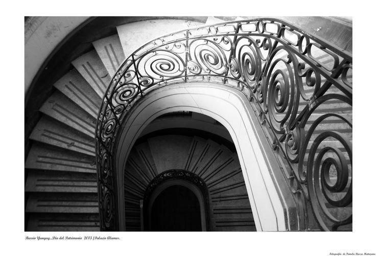 Escaleras del Palacio Álamos, Barrio Yungay