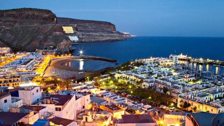 Nightime, Puerto Rico & Puerto de Mogan, Gran Canaria - Kanariansaaret - Aurinkomatkat