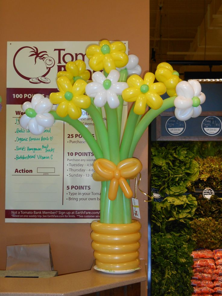 Made by Patricia Balloona, http://patriciaballoona.wordpress.com/2014/01/19/308th-balloon-sculpture-flower-bouquet-mania/