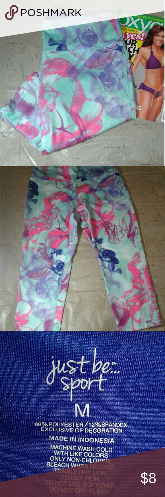 Ladies Active Workout Leggings Capri WORKOUT LEGGINGS / In great condition / Beautiful colors... just be sport Pants Leggings
