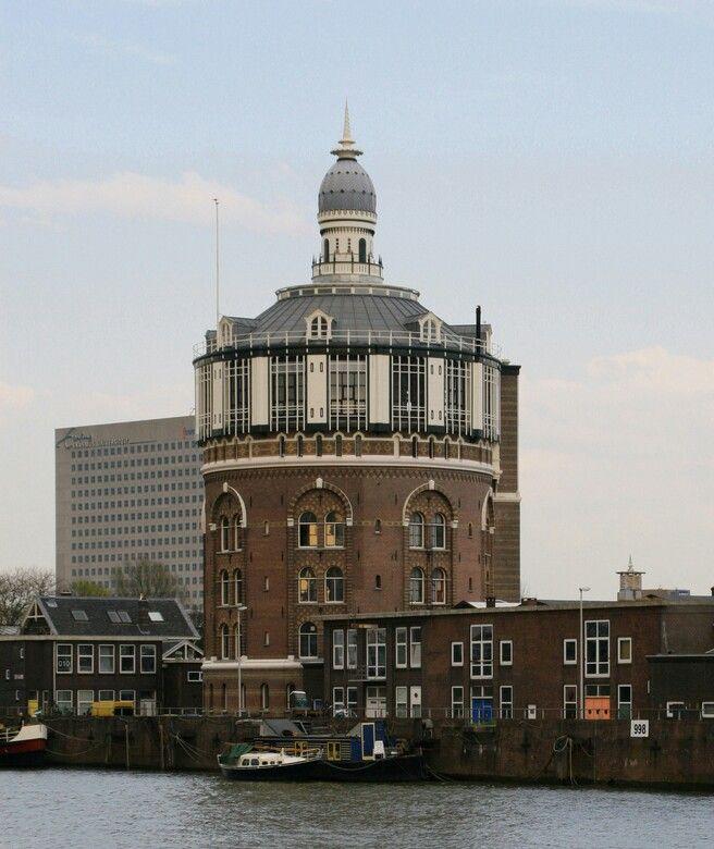 Watertoren Rotterdam-De Esch.