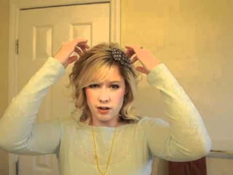 It may seem sad that I need a tutorial on how to wear a headband, but my mom kept my hair short growing up (it's thick and wavy) and I didn't learn these girly things! #Hair