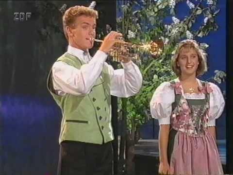 Stefanie Hertel & Stefan Mross - A song for every ray of sunshine (1995) - YouTube