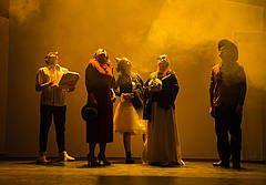 """Uraufführung: """"Pfirsichblütenglück"""" von Gesine Schmidt - Theater Heidelberg"""