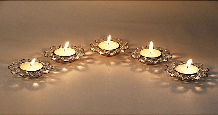 Add extraordinary designer detail to any room or home with this beautiful Tealights Range. This Tealight Holder is perfect for decorating your wall or as a gifting piece.