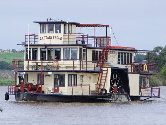 Paddle Steamer on River Murray, near Murray Bridge.