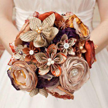 un bouquet de fleurs en papier pour mariage