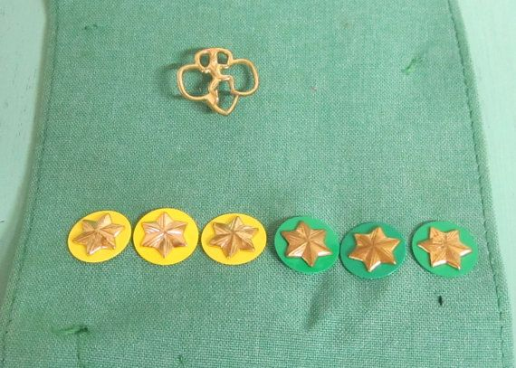 Vintage Girl Scout Sash with Star membership Pins & Girl Scout Pin