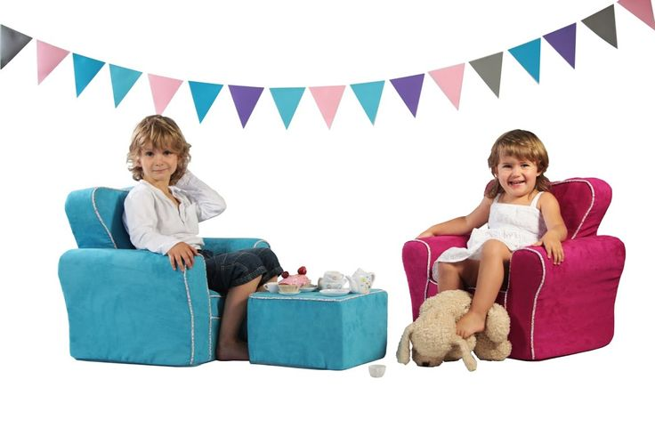 Drewmeks stworzył urocze fotele dla najmłodszych. Sympatyczna estetyka foteli to nie wszystko – Fotel Windsor gwarantuje niezwykłą wygodę.