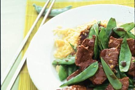 Roergebakken peultjes met biefstuk - Recept - Allerhande - Albert Heijn