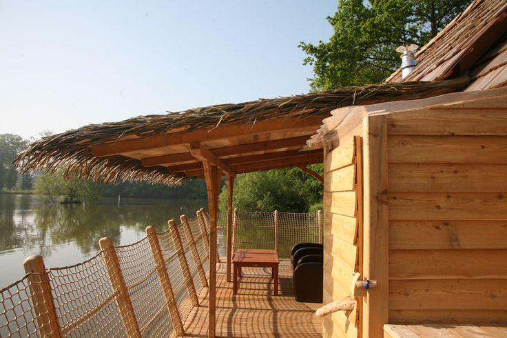 13 best images about cabanes sur l 39 eau on pinterest. Black Bedroom Furniture Sets. Home Design Ideas