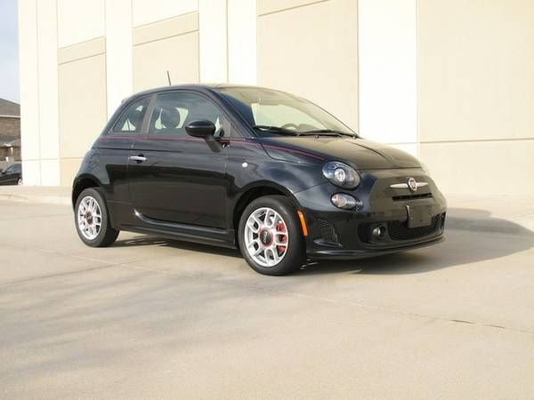 2014 FIAT 500 SPORT COUPE BLACK….ON SALE!!! (YONGE AND LAWRENCE AVE WEST) $11000