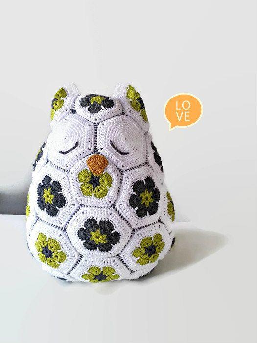 Crochet Owl Pillow, Crochet Pillow, African Flowers, Owl, Big Soft Toy, Big Amigurumi, stuffed toy,  stuffed animal, Owl pillow