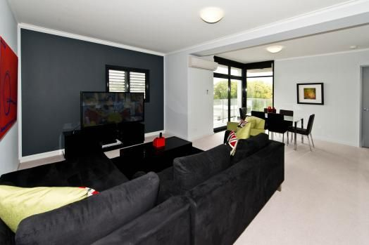 31/378 Beaufort Street, Perth. Stylishly furnished the functional yet comfortable living spaces will enable to relax aided by an espresso coffee machine with a selection of unique coffee blends ready to enjoy.  It includes undercover secure parking, lift access and security entrance and is located only only a short walk to Perth CBD.