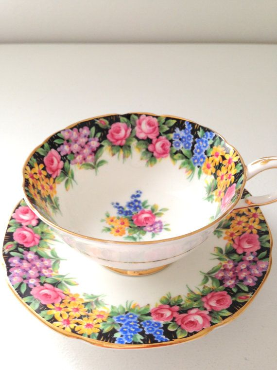 Antique English Paragon By Appointment to Her Majesty the Queen Fine Bone China Teacup & Saucer Old English Garden Pattern Ca. 1939 - 1949