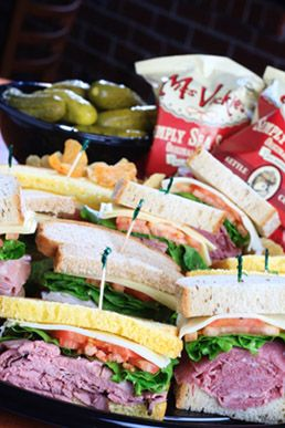 Choose From Express Corporate Or Signature Boxed Lunches For Your Next Meeting