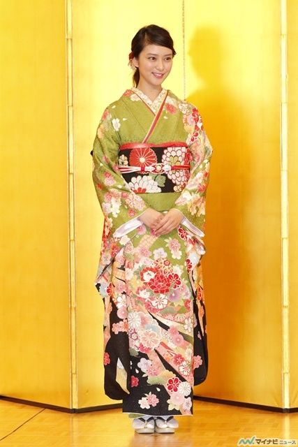 Emi Takei, Oscar Promotion's annual photo session
