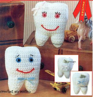 "Crochet In Action: ""Mommy my tooth moves"" Tooth fairy pillow"