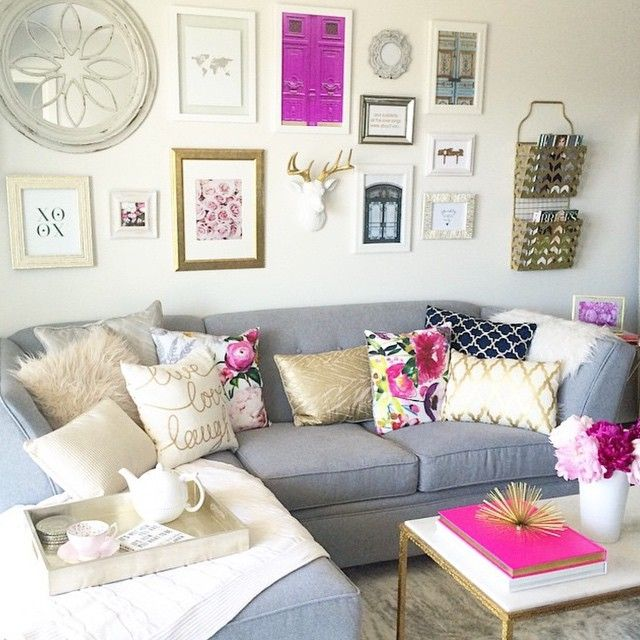 Beautiful Colorful Living Rooms: 25+ Best Ideas About Feminine Living Rooms On Pinterest