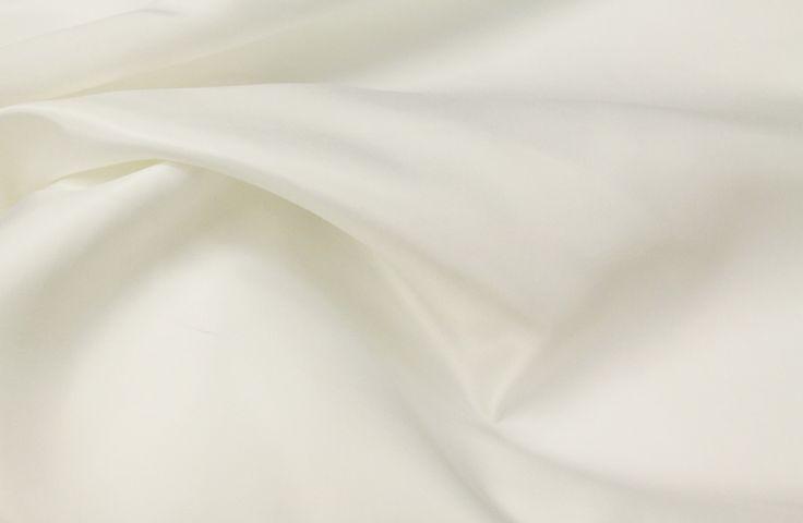 Lamour Satin Tablecloth Rentals | Wedding Tablecloth | Event Linen Rental | Lamour Satin Linens | Linen Rentals