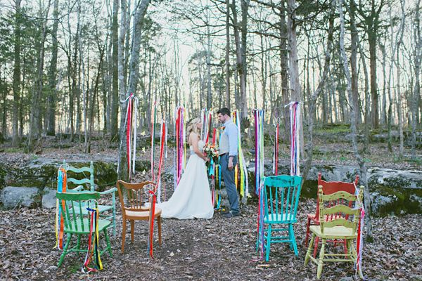 Bohemian wedding ideas // I love the yarn hoops and ribbons. There's a tutorial here. Adds great color without being overpowering.
