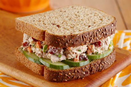 Try adding Cranberry and Cucumbers to your usual #Tuna sandwich for a tart-y twist on lunch and you'll double your fibre with new Dempster's Double My Fibre! Healthy Way #FeelGoodBread