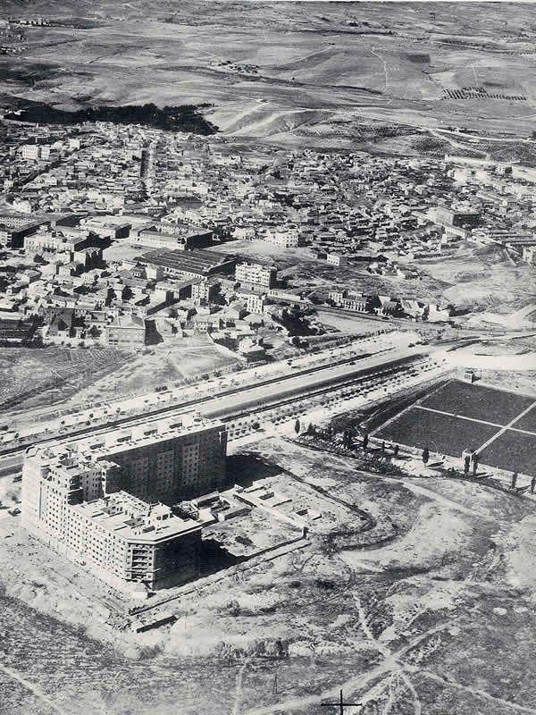 Final del actual Paseo de la Castellana - Portal Fuenterrebollo
