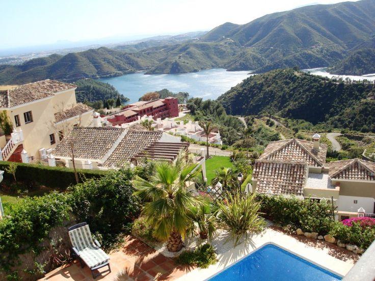 Villa zu verkaufen, 5 Schlafzimmer, 5 Bäder, Objekt Nr. 1143, traumhafter Blick aufs Meer und in die Berge, im exklusiven Sierra Blanca Country Club, Marbella Goldene Meile, Costa del Sol, Spanien.