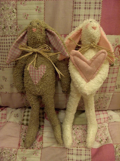Preciosos conejos TildaStuffed Toys, Art Soft, Konijntjes Tilda, Toys Crafts, Conigli Tilda, Soft Toys, Rag Dolls, Sewing Ideas, Conejo Tilda