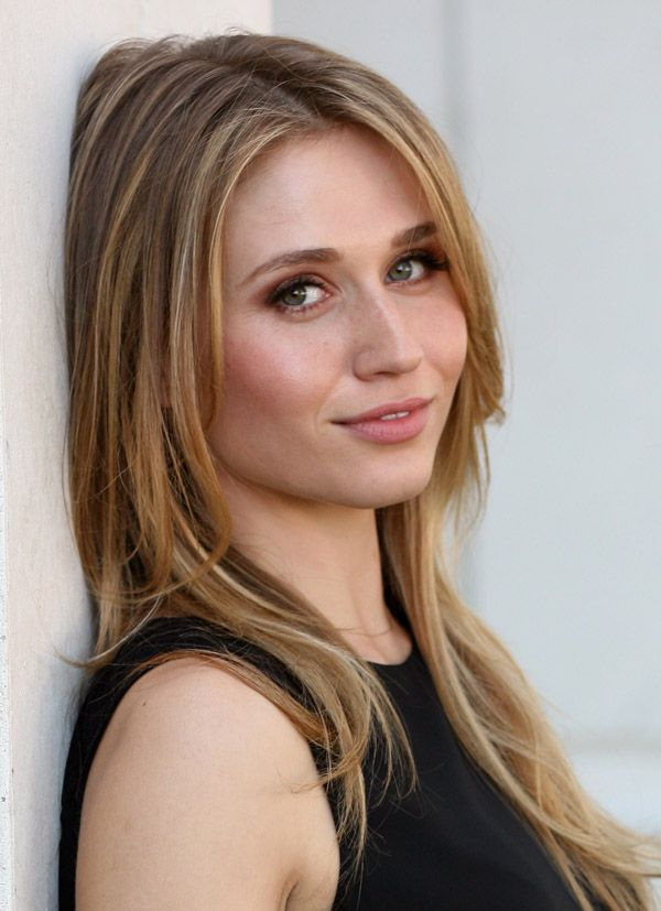 """Faking It"""" star Rita Volk on Amy's evolution and coming out ..."""